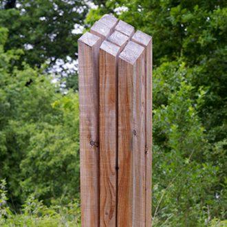 Frischer Drehwuchs - Lärche 230 x 30 x 30 cm - 2009/2010 - Ausstellung Schloss Dürrenmungenau