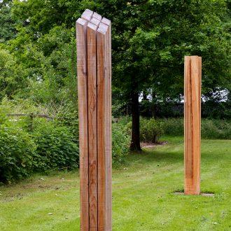 Frischer Drehwuchs / Twist, Spring, Bow - Lärche - 230 x 30 x 30 cm - 2009/2010 - Ausstellung Schloss Dürrenmungenau